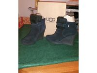 UGG BOOTS - Black Suede Leather (UK 5.5/EU 38)