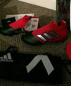 Brand new and authentic Adidas ace 17.1 size 10