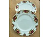 Royal Albert Old Country Roses Supper Plates