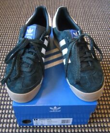 Adidas Samoa Trainers - size 7, green suede, brand new - only £40 (original price £90)