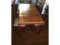 Youngers Mid Century Fonseca Teak Extending Dining Table And 4 Chairs