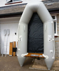 3 MAN DINGHY AND ACCESSORIES . EXCELLENT CONDITION