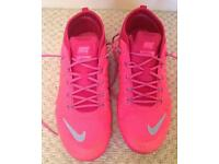 Nike trainers size 5.5 pink