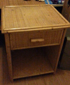 One of a kind - Bamboo looking bedside table