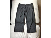 **BRAND NEW WITH TAGS** Womens size 10 cropped black trousers from Next
