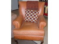 ***Downsizing, various pieces of furniture in pristine condition ***