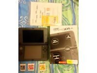 New Nintendo 3DS XL with 4 games and charger
