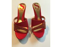 NEW!!ABSOLUTELY GORGEOUS!!!Quality! BEAUTY QUEEN Sandals Heels Party Shoes in BOLD RED!WOW!!Stunning