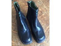Lavoro Black steel capped ankle boots Size 6