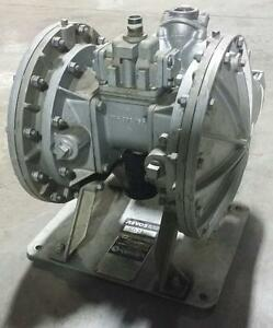 SANDPIPER ST 1 1/2-A (SGV-2-SS) Heavy Duty Pompes à diaphragme métalliques usagées *AEVOS*