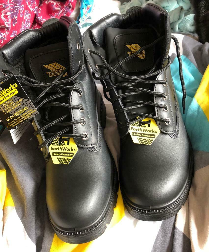 7183c8ecbb6 Earthworks Men's work boots nwt | in Reading, Berkshire | Gumtree