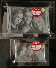 2 x NEW & BOXED Silver Easel Style Photo Frames - Sizes 8 x 6 and 6 x 4 inch - £2 FOR BOTH