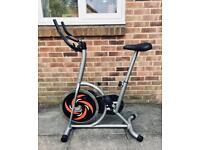 Spin bike, exercise bike