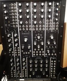 Oakley 5U system - serious Moog style analogue!