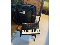 Roland JU-06 Boutique + K-25m Keyboard + Roland Boutique Carry Case