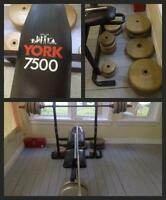 Bench Press York 7500 + barre + 260lbs