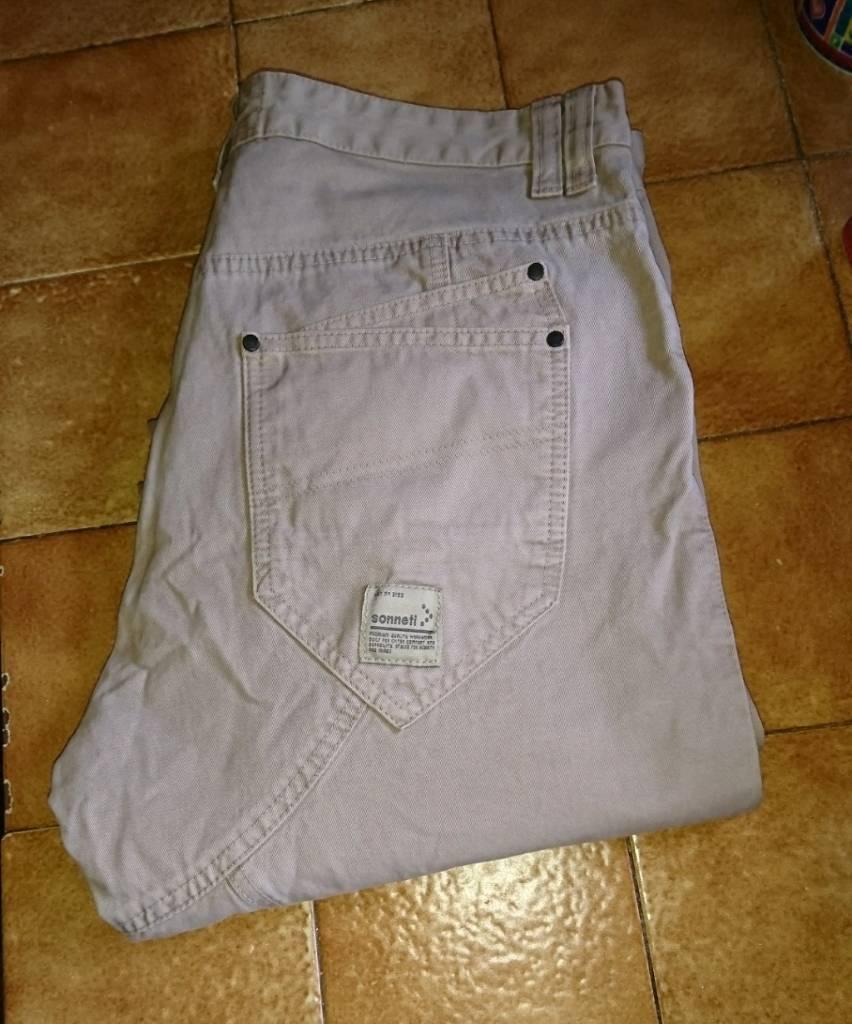 """NEW UNWORN """"SONNETI"""" designer jeans"""