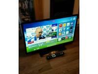 "HITACHI 32"" SMART LED HD TV FREEVIEW WIFI NETFLIX ETC"