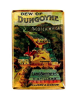WHISKY / WHISKEY Pin / Pins - DEW OF DUNGOYNE SCOTCH WHISKY [3909]