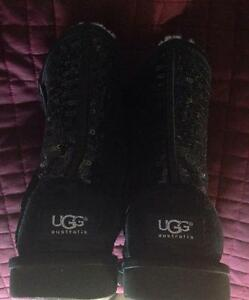 Authentic sparkles uggs size 5 -youth