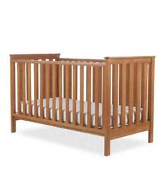 Mother care Jamestown Cotbed