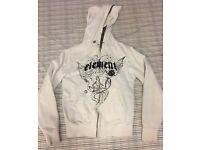 White hoodie (shoulder width 44cm, length 64cm)_50p