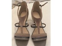Taupe and grey heeled sandal Autograph size 6.5