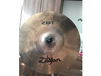 "Zildjian ZBT16C 16""/ 40cm ZBT Series Crash Cymbal with Pearl stand"