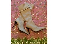 "*New Oatmeal Designer ""Paloma Barcelo"" Ladies Soft Sheepskin Long Leather Boots: Size 40"
