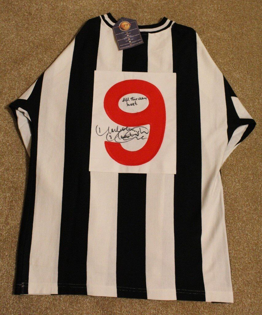 cheap for discount 9e5fe d5b00 1972-74 Newcastle United Retro Shirt Signed by Malcolm Macdonald (Supermac  1972, 1973, 1974) NUFC   in Newcastle, Tyne and Wear   Gumtree