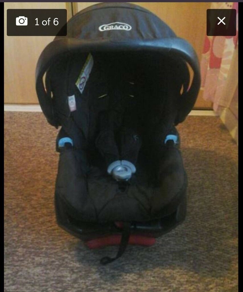 Graco baby car seat with isofix base