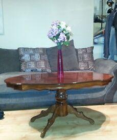Beautiful Coffee Table in Wood, £45