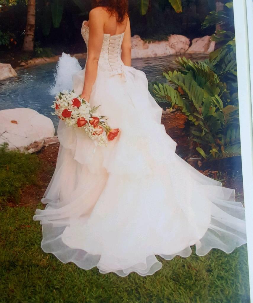 Cream Gold Size 10 Wedding Dress In Sheffield South Yorkshire