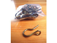 24 x larger vintage brass sew-on curtains hooks. Also for jewellery making/craft, etc? £ 3.50 lot