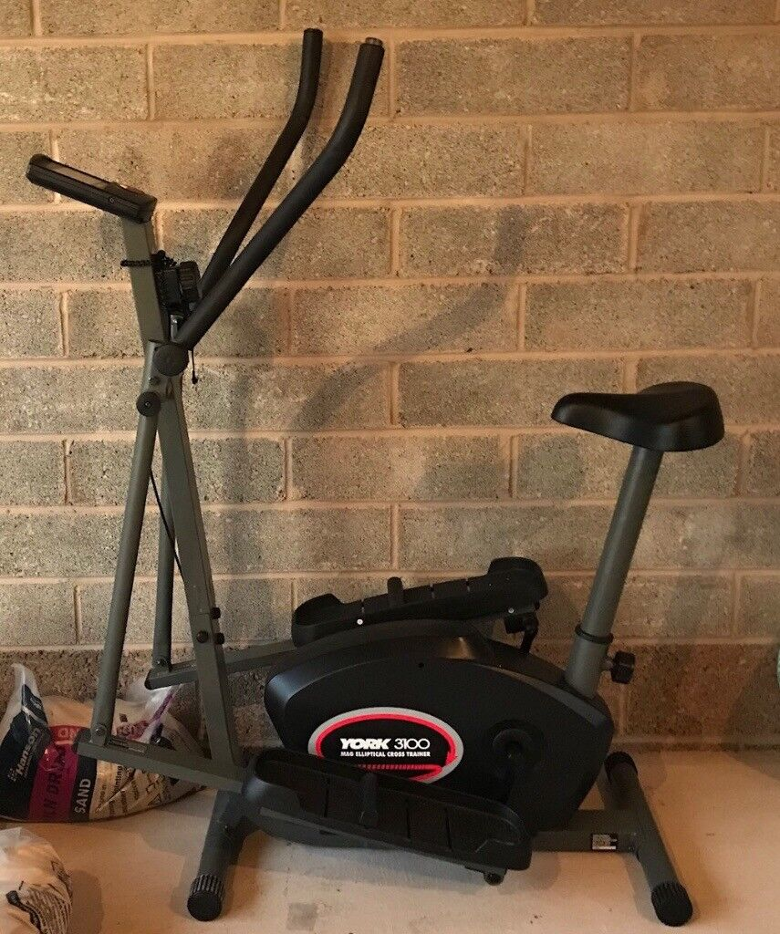 York 3100 Cross Trainer for sale. Excellent condition. Stored in a wardrobe and seldom used.