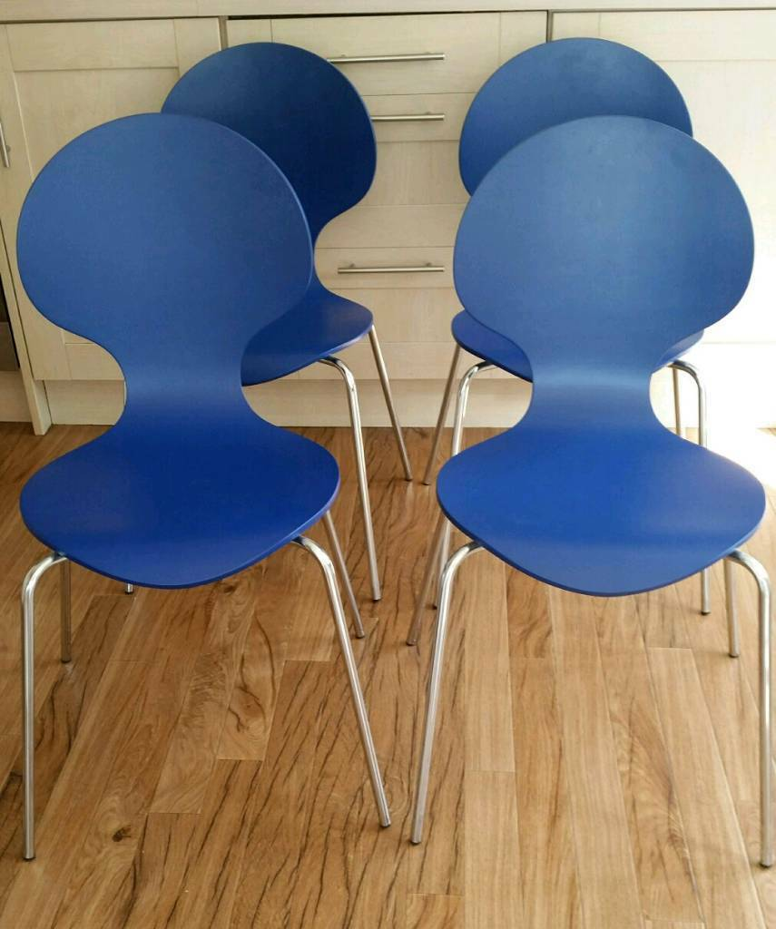 4 new blue stackable chairs