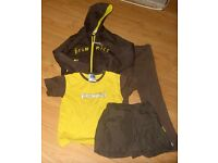 Wanted single items or bundles of Rainbow/Brownie uniform
