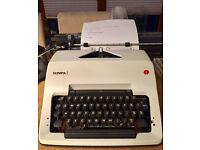 Vintage OLYMPIA SG3 manual typewriter