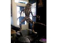 Alien warrior signature series