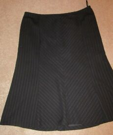 PER UNA SKIRT BLACK PINSTRIPE BUSINESS FULLY LINED SIZE 16 NEW UNWORN