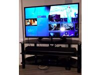 BLACK GLASS TV STAND PERFECT CONDITION