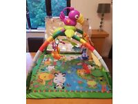 FISHER PRICE- RAINFOREST PLAY GYM/ACTIVITY MAT