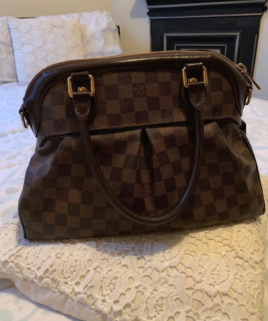 Louis Vuitton Damier Ebene Trevi GM handbag RRP£2,399   in ... 4480f71d28