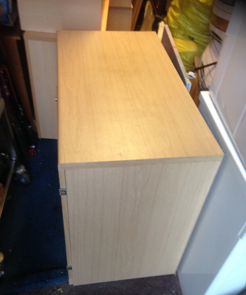 office cabinet with 2 door and shelve
