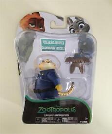 Disney Zootropolis figures: Clawshauser & Bat Eyewitness