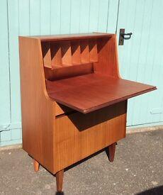 Original Vintage 1960's Modernist Desk