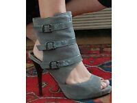 Lipsy boots size 4