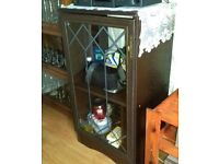 Glass-fronted cabinet (2 shelf)