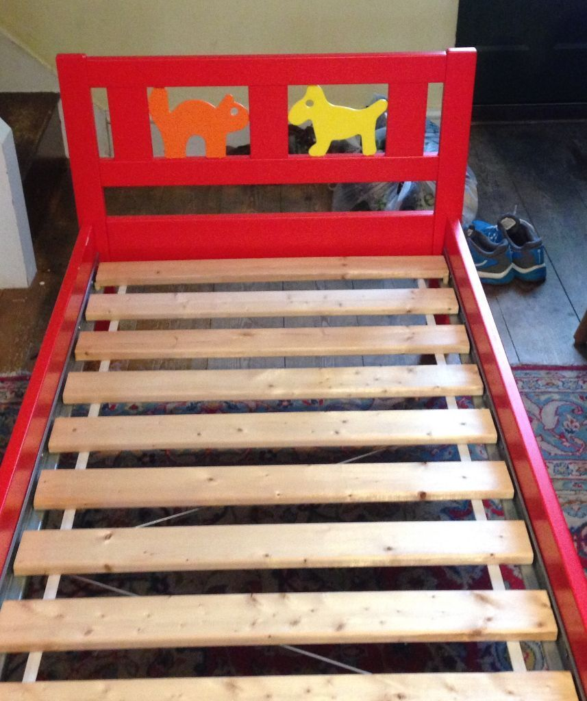 Ikea toddler bed kritter - Ikea Kritter Toddler Junior Child Bed With Side Rail Red With Dog