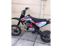 M2r racing 140
